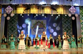 Глава республики Рустэм Хамитов побывал на V Республиканском празднике башкирского фольклора «Ашҡаҙар таңдары»