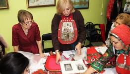В Оренбурге прошел мастер-класс по изготовлению башкирских национальных нагрудников