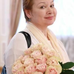 Интервью с народной артисткой России и Республики Башкортостан Леонорой Куватовой