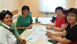 Өфөлә мәҙәниәт һәм киң мәғлүмәт саралары комиссияһы ағзалары осрашты