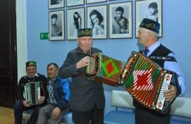 В Туймазинском театре прошло празднование 100-летнего юбилея газеты «Кызыл тан»