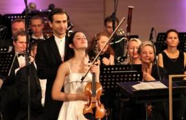 Победителем II Международного конкурса скрипачей  Владимира Спивакова стала Мария Дуэньяс из Испании
